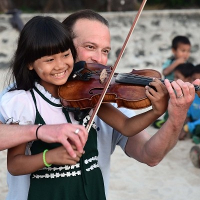 Gift a young person violin lessons with Aaron Meyer